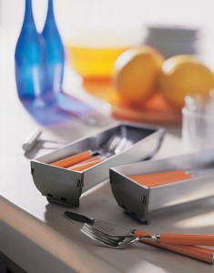 Blum-OrgalineCutleryTrays-on-Counter
