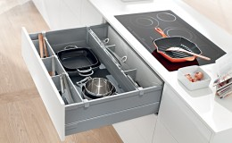 Blum-TANDEMBOX-A-Pot-Drawer