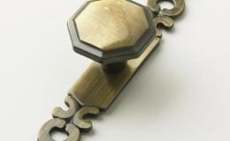 Bronze–Octagonal-Knob-&-Plate
