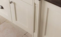 WAKEFIELD-IVORY-COX-PILASTER