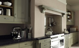 Windsor-Classic-Cameo–painted-olive-overmantle-run