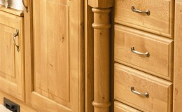 Yale-Solid-Character-Oak-Feature1