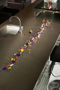 flowers-on-grey-amazon