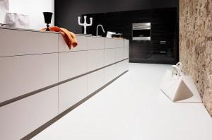 silestone-quartz-kitchen-cocina-serie-zen-blanzo-zeus-extreme-pulido-polish-1